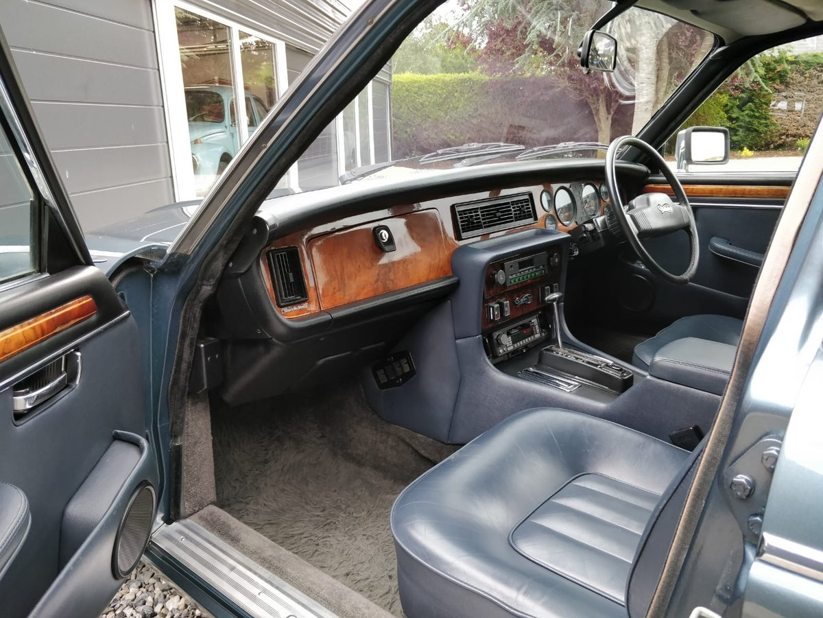 1985 Daimler Double Six, 2 owners, low mileage SOLD (picture 2 of 6)