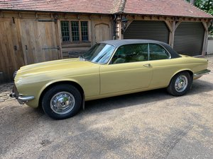 1976 Daimler Coupe 1 owner 53103 miles, dry stored in 1995 For Sale