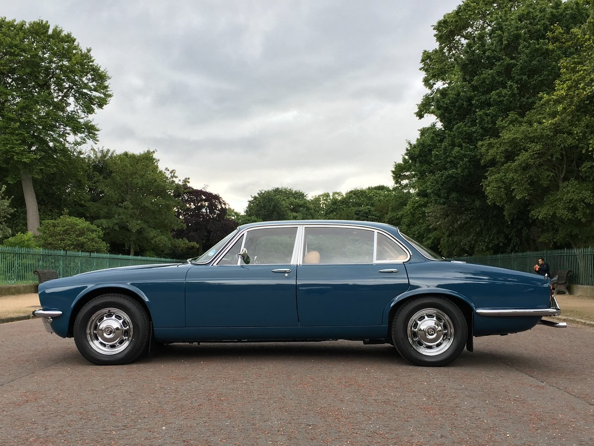 1977 Daimler Sovereign Manual O/D - 31,000 MILES - 1 Family For Sale (picture 3 of 6)
