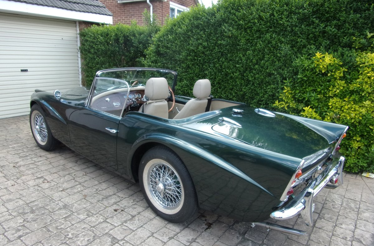 1961 Daimler SP250 ( B-Spec ) 'Dart' Just £24,000 - £28,000 For Sale by Auction (picture 2 of 6)