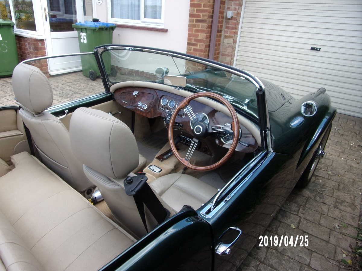 1961 Daimler SP250 ( B-Spec ) 'Dart' Just £24,000 - £28,000 For Sale by Auction (picture 3 of 6)