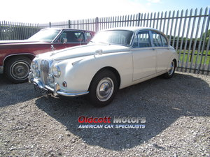 1968 DAIMLER V8 250 AUTOMATIC For Sale