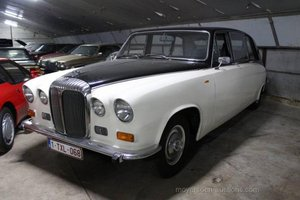 1981 DAIMLER 420DS Limo  For Sale by Auction