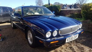 1999 Daimler V8 For Sale