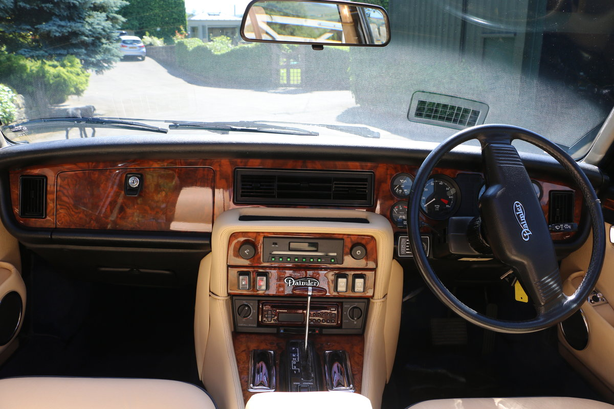 Daimler Double Six 1991, Immaculate UK Car For Sale (picture 4 of 6)