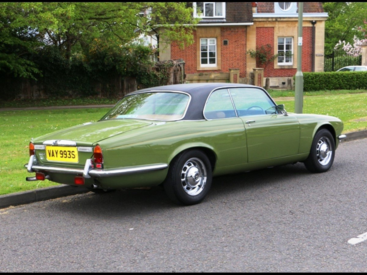 Daimler Pillarless Coupe 1977 4.2L(XJC) SOLD (picture 2 of 6)