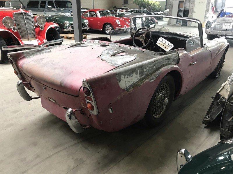 1963 Daimler Dart for restoration For Sale (picture 6 of 6)