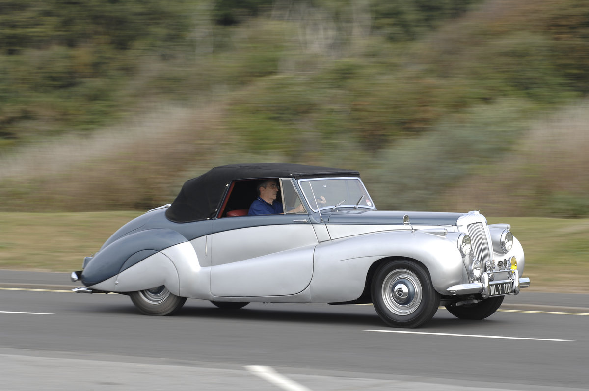 1952 Daimler Barker Special Sport For Sale (picture 3 of 6)