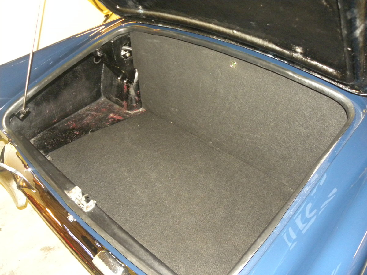 1962 DAIMLER SP250. FULL BODY OFF REBUILD For Sale (picture 6 of 6)