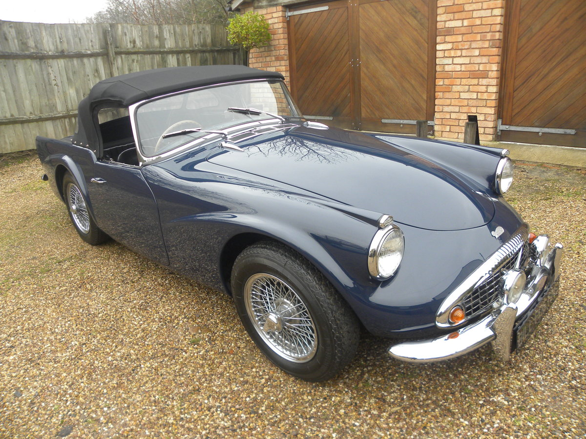 1962 DAIMLER SP250. FULL BODY OFF REBUILD For Sale (picture 2 of 6)