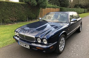 Picture of 1998 Super V8 LWB Auto - Barons Tuesday 16th July 2019 SOLD by Auction
