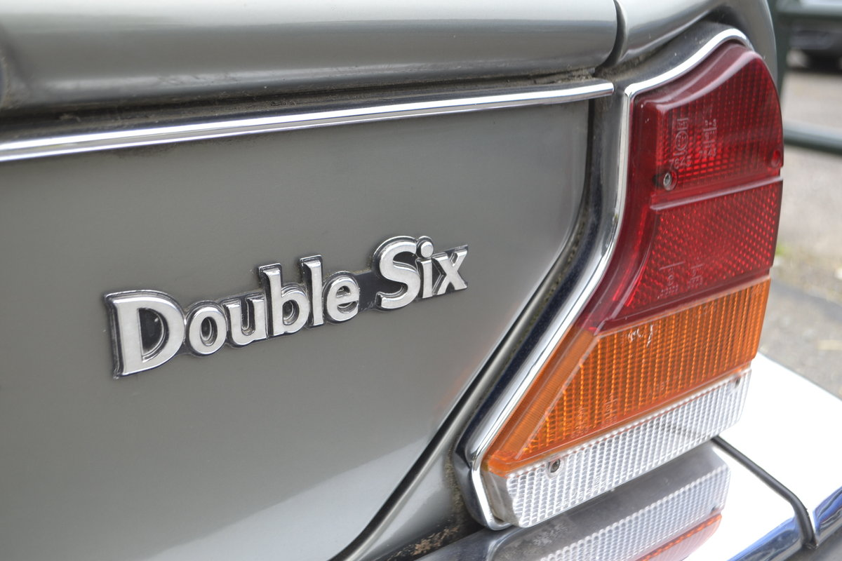 1992 Daimler Double Six - Series III For Sale (picture 6 of 12)