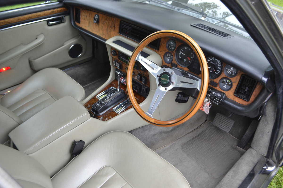 1992 Daimler Double Six - Series III For Sale (picture 7 of 12)
