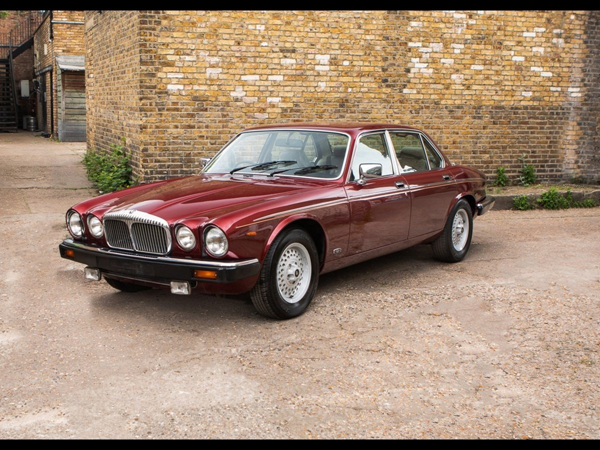 1990 Daimler Double Six V12 5.3 25000 Miles Only For Sale (picture 2 of 6)