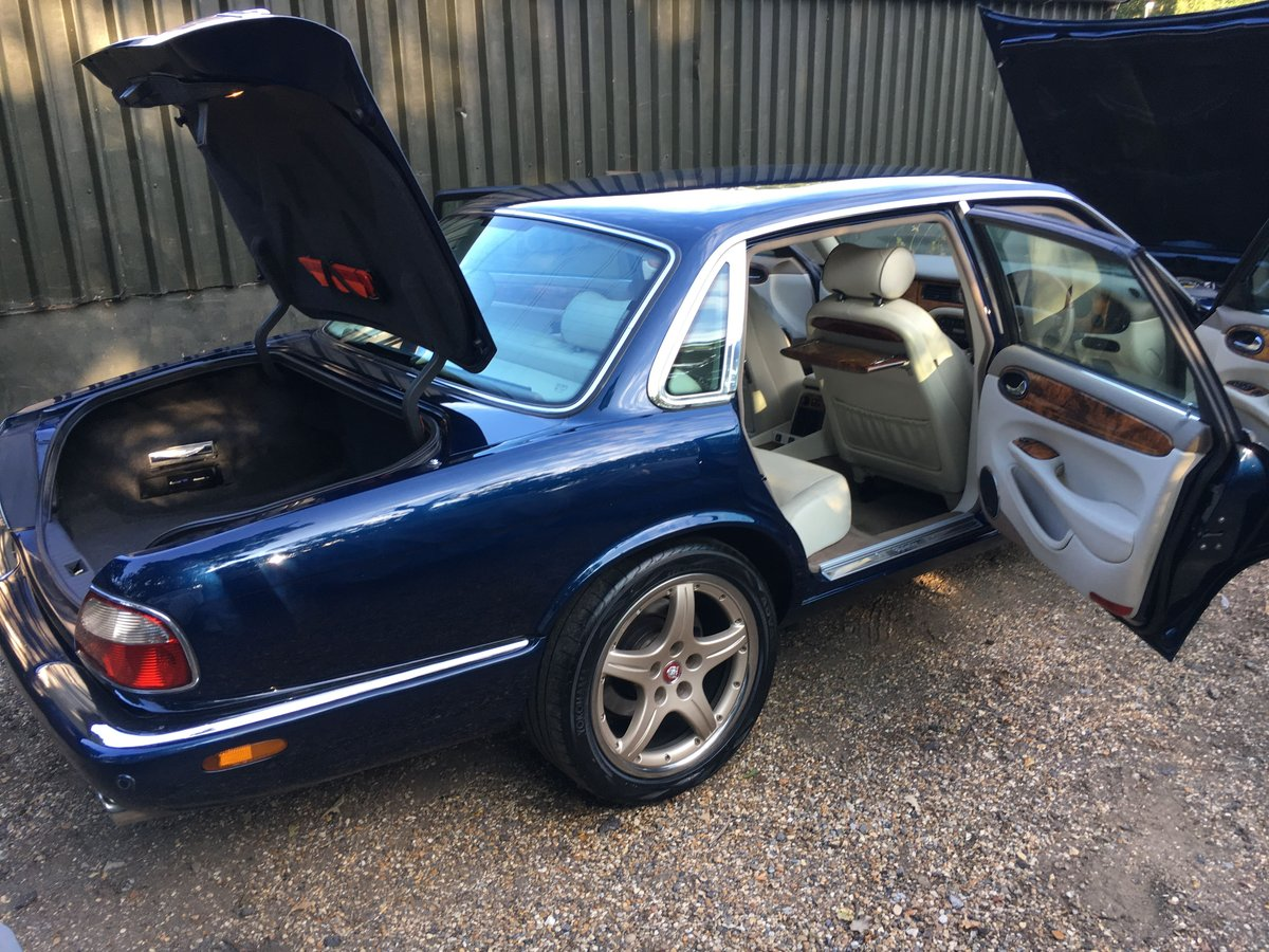 Daimler Super V8 2002 last year of build 48k miles perfect For Sale (picture 6 of 6)