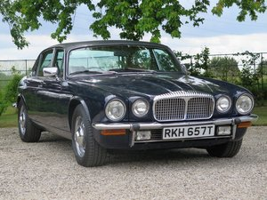 1979 DAIMLER DOUBLE SIX LOT: 631 - Lovely condition For Sale by Auction
