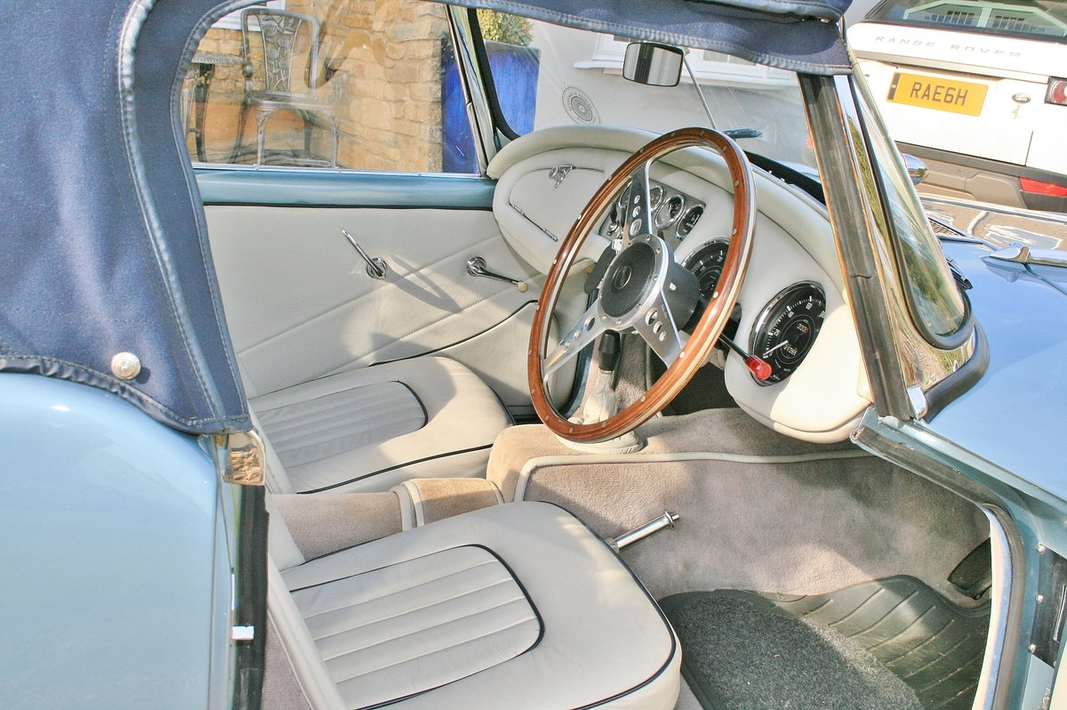 "1962 DAIMLER DART SP250 ""B"" Spec For Sale (picture 3 of 6)"