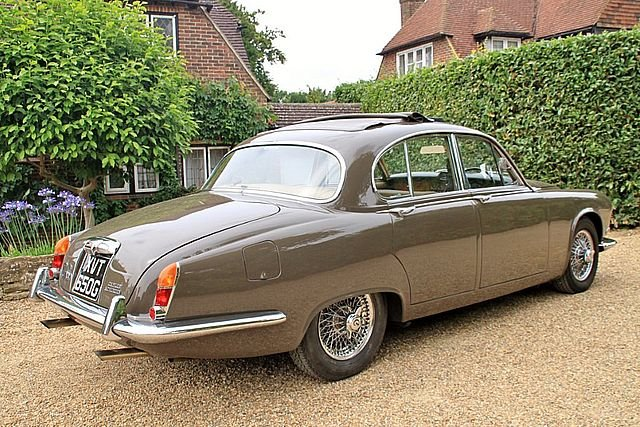1968 Daimler Sovereign (Only 63,000 Miles) For Sale (picture 2 of 6)