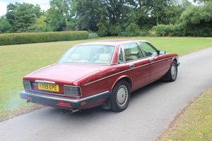 1993 Daimler XJ40 For Sale