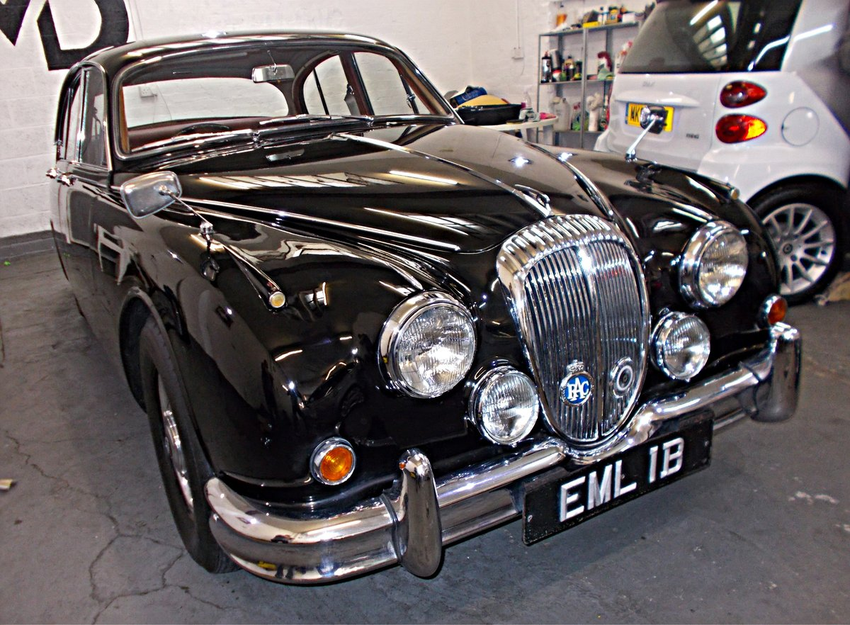 1964 Daimler V8 250 Saloon. Genuine low mileage car with FSH For Sale (picture 1 of 6)