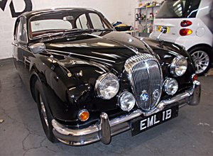 1964 Daimler V8 250 Saloon. Genuine low mileage car with FSH For Sale