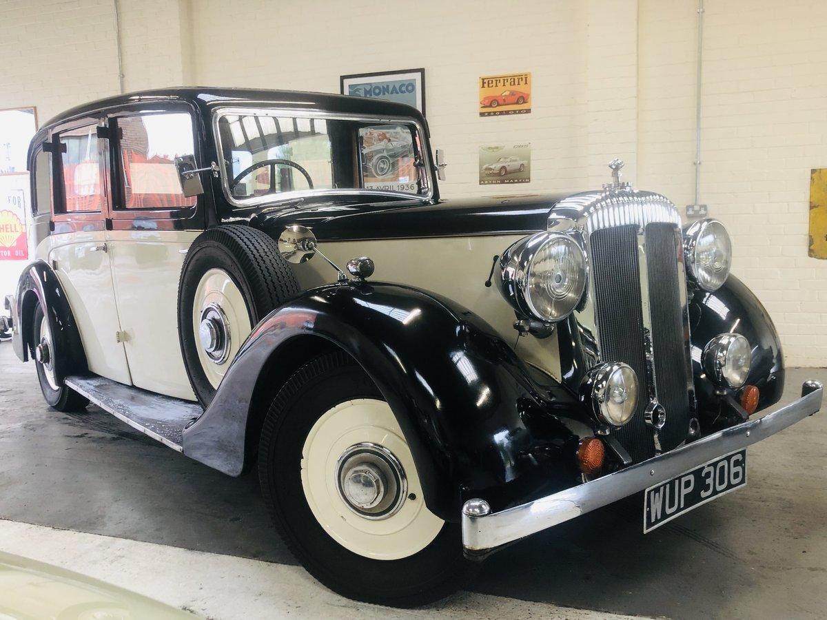 1938 DAIMLER EL24 LIMOSUINE - VINTAGE CAR WEDDING CAR SOLD (picture 1 of 6)