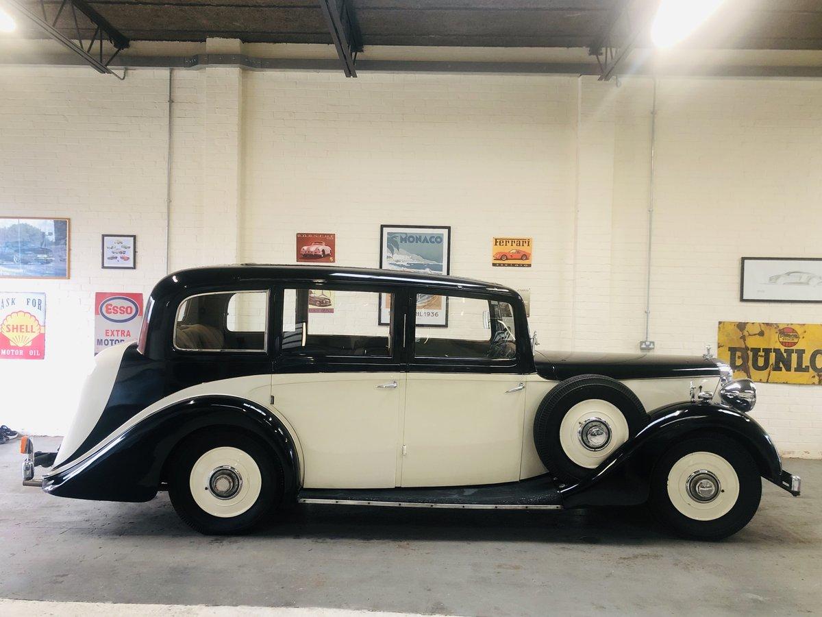 1938 DAIMLER EL24 LIMOSUINE - VINTAGE CAR WEDDING CAR SOLD (picture 3 of 6)
