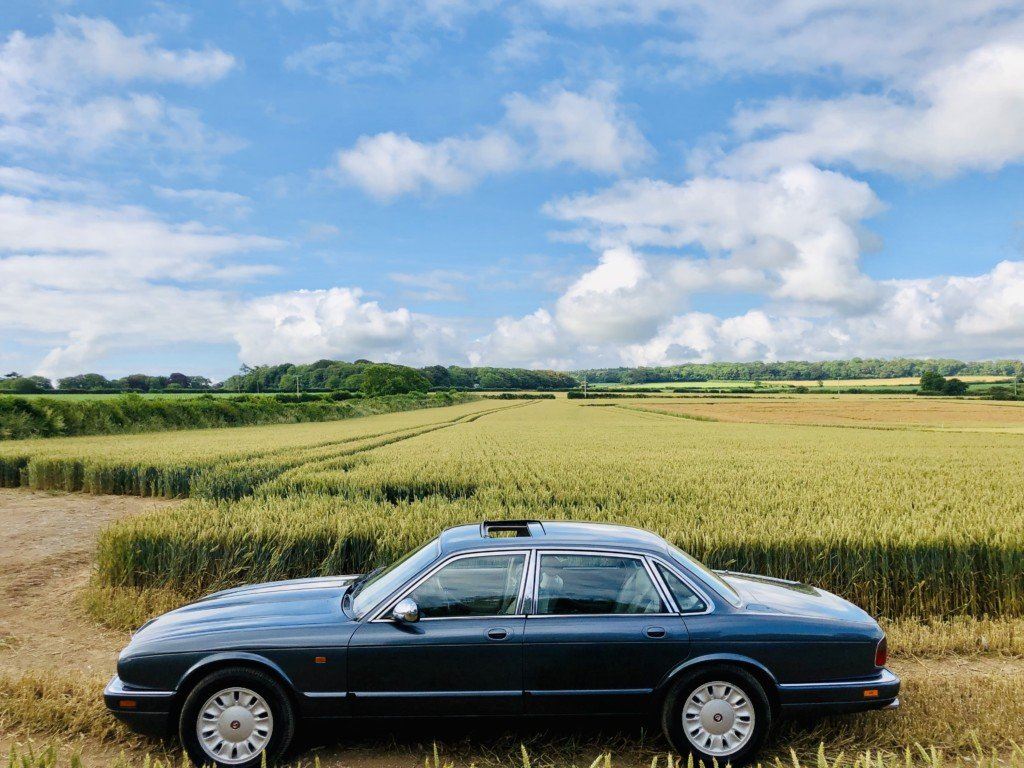1996 Daimler Double six 6.0 V12 For Sale (picture 2 of 6)