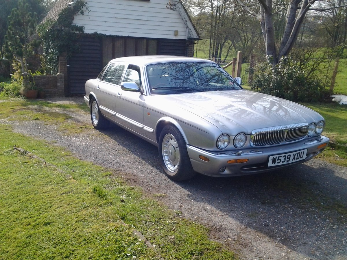 2000 Daimler XJ8 Special edition For Sale (picture 1 of 3)