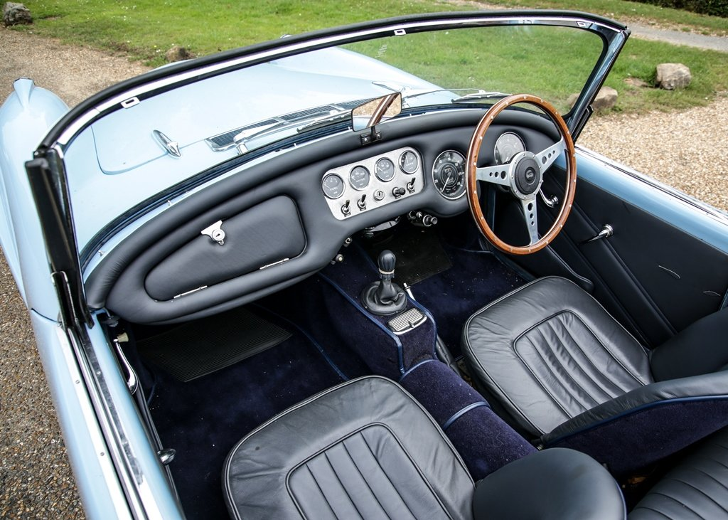 1961 Daimler SP250 B Series SOLD by Auction (picture 5 of 6)