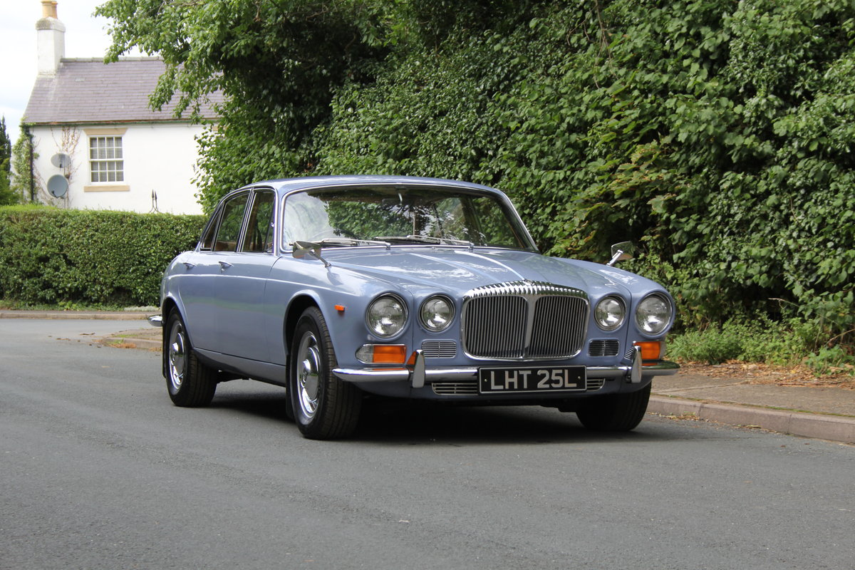 1973 Daimler Sovereign 2.8 Series I MOD - 11,000 miles from new! SOLD (picture 1 of 21)