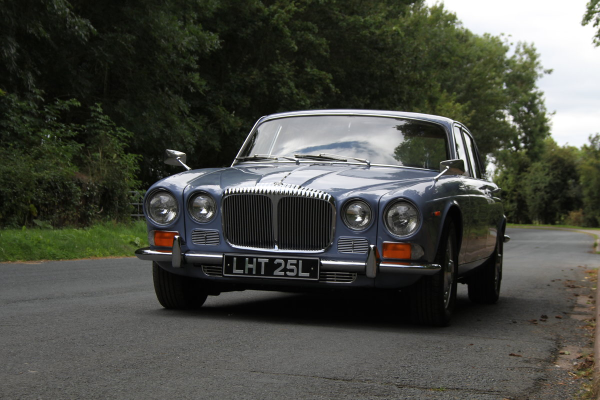 1973 Daimler Sovereign 2.8 Series I MOD - 11,000 miles from new! SOLD (picture 3 of 21)