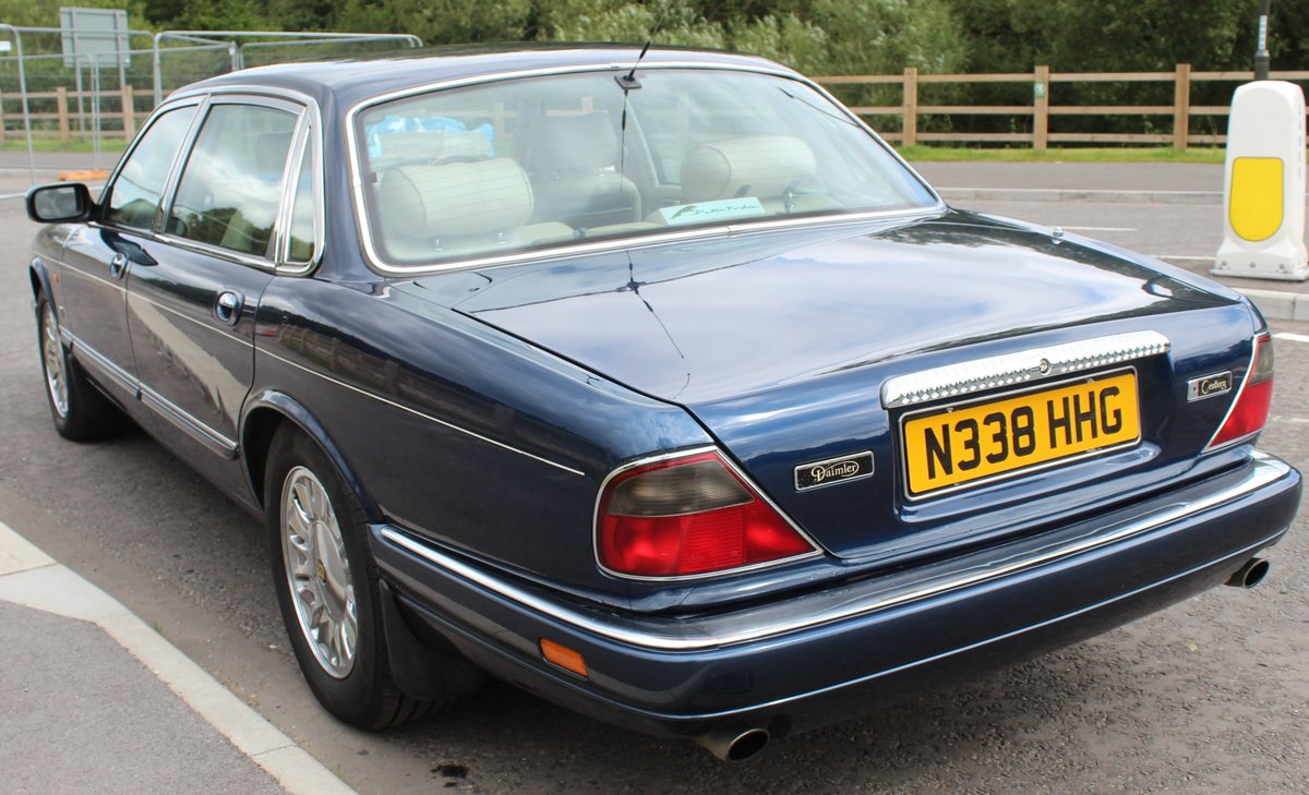 1996 Daimler Century 4.0 Litre Limousine One of 100 For Sale (picture 3 of 6)