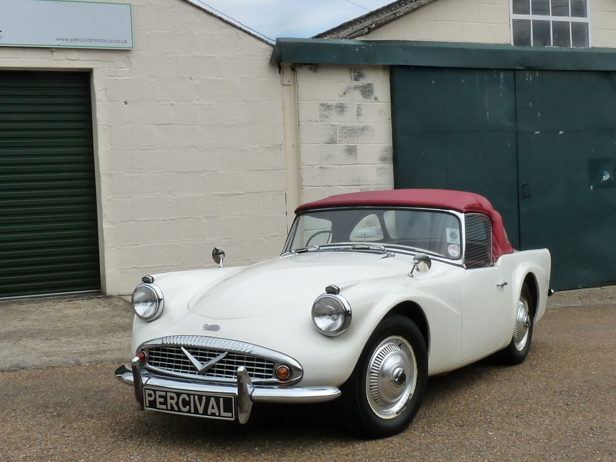 1964 Daimler Dart SP 250 C Spec, three owners from new For Sale (picture 6 of 6)