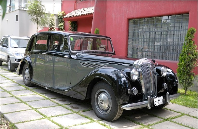 1950 DE36 Used by the royal family For Sale (picture 1 of 6)