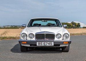 1983 Daimler Double-Six Series III HE