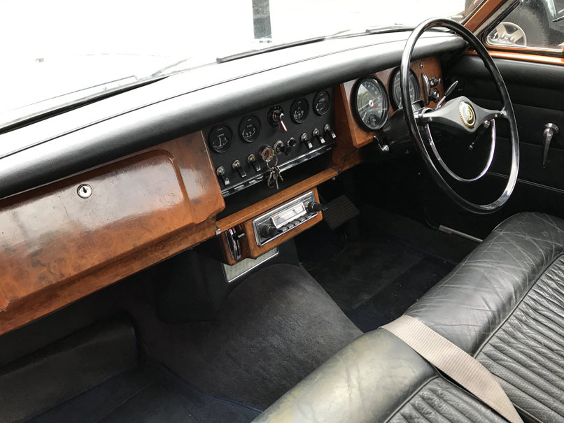1968 DAIMLER V8 250 SALOON (2 owners & just 33,000 miles) For Sale (picture 5 of 6)