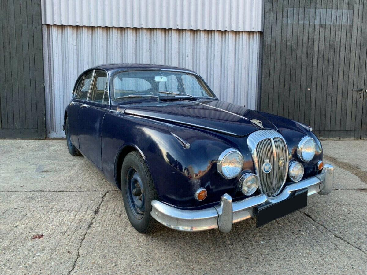 1968 Daimler V8 250 mk2 about to undergo restoration For Sale (picture 1 of 6)