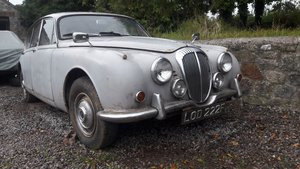 1968 DAIMLER V8 250 for RESTORATION