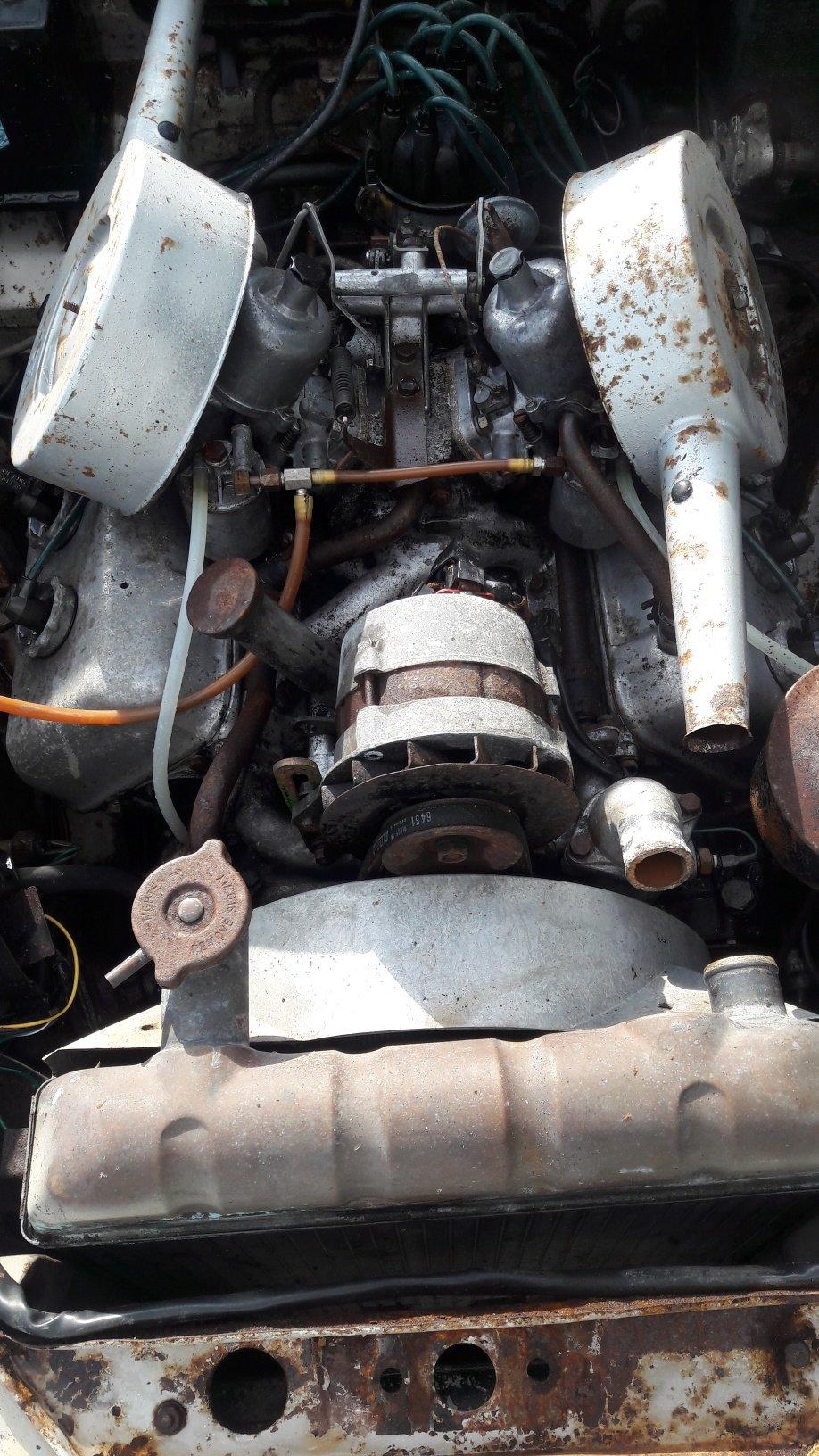 1968 DAIMLER V8 250 for RESTORATION For Sale (picture 3 of 6)