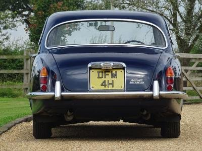 1969 Daimler Sovereign 4.2 For Sale by Auction (picture 2 of 6)