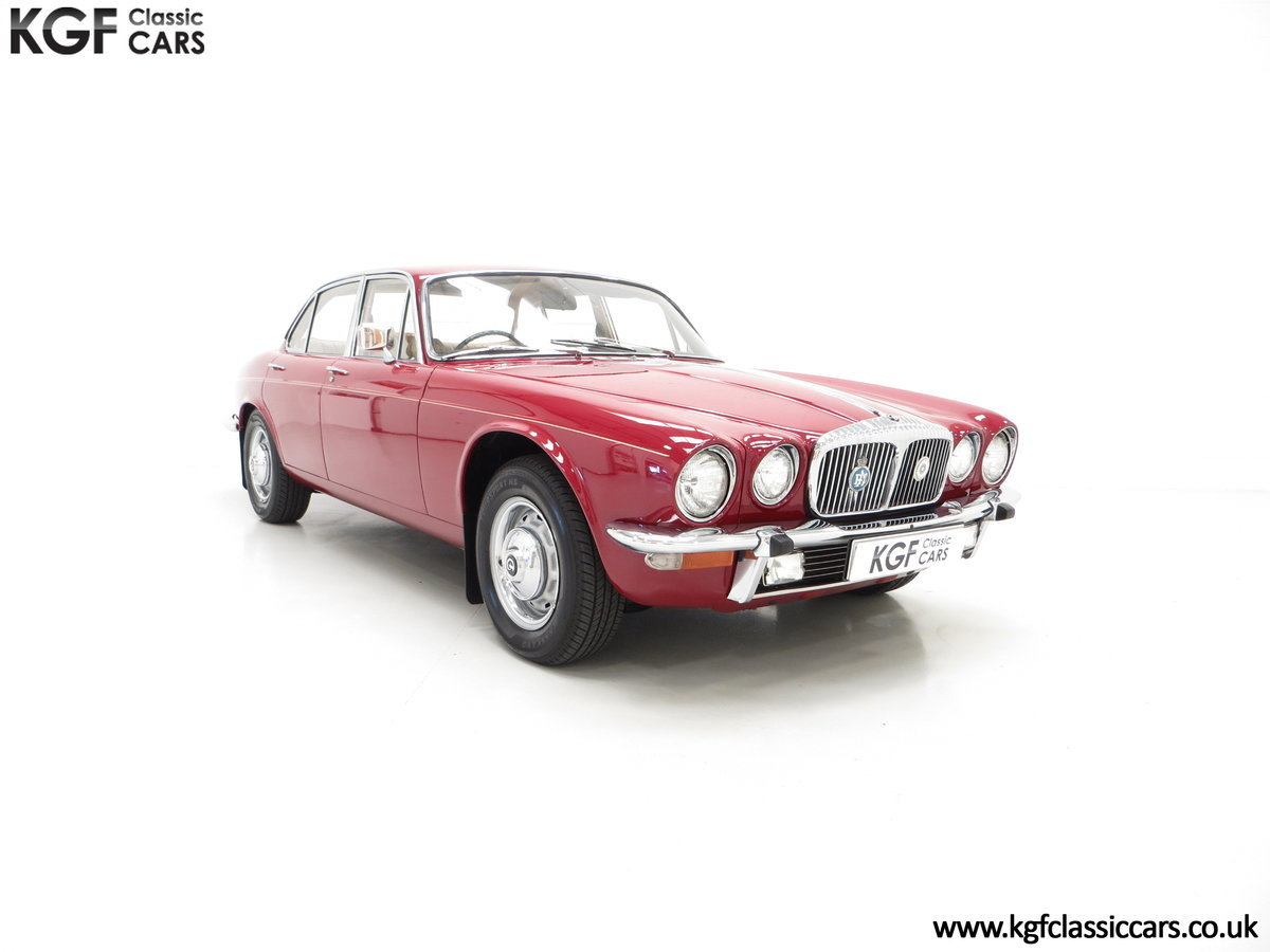 1973 A Daimler Sovereign 4.2 Litre Series II with 44,913 Miles SOLD (picture 1 of 6)