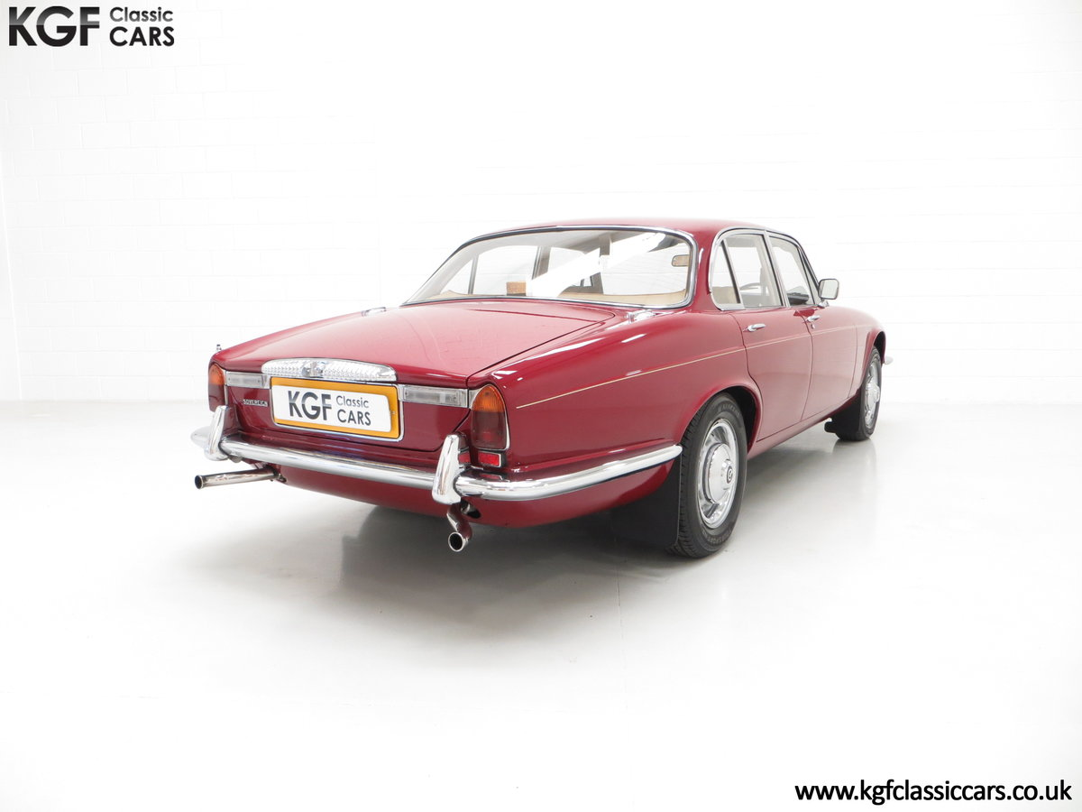1973 A Daimler Sovereign 4.2 Litre Series II with 44,913 Miles SOLD (picture 5 of 6)