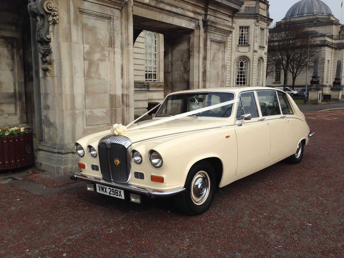 1981 Daimler DS420 For Sale (picture 1 of 2)