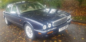 1999 Daimler Super V8 4.0 LWB Supercharged