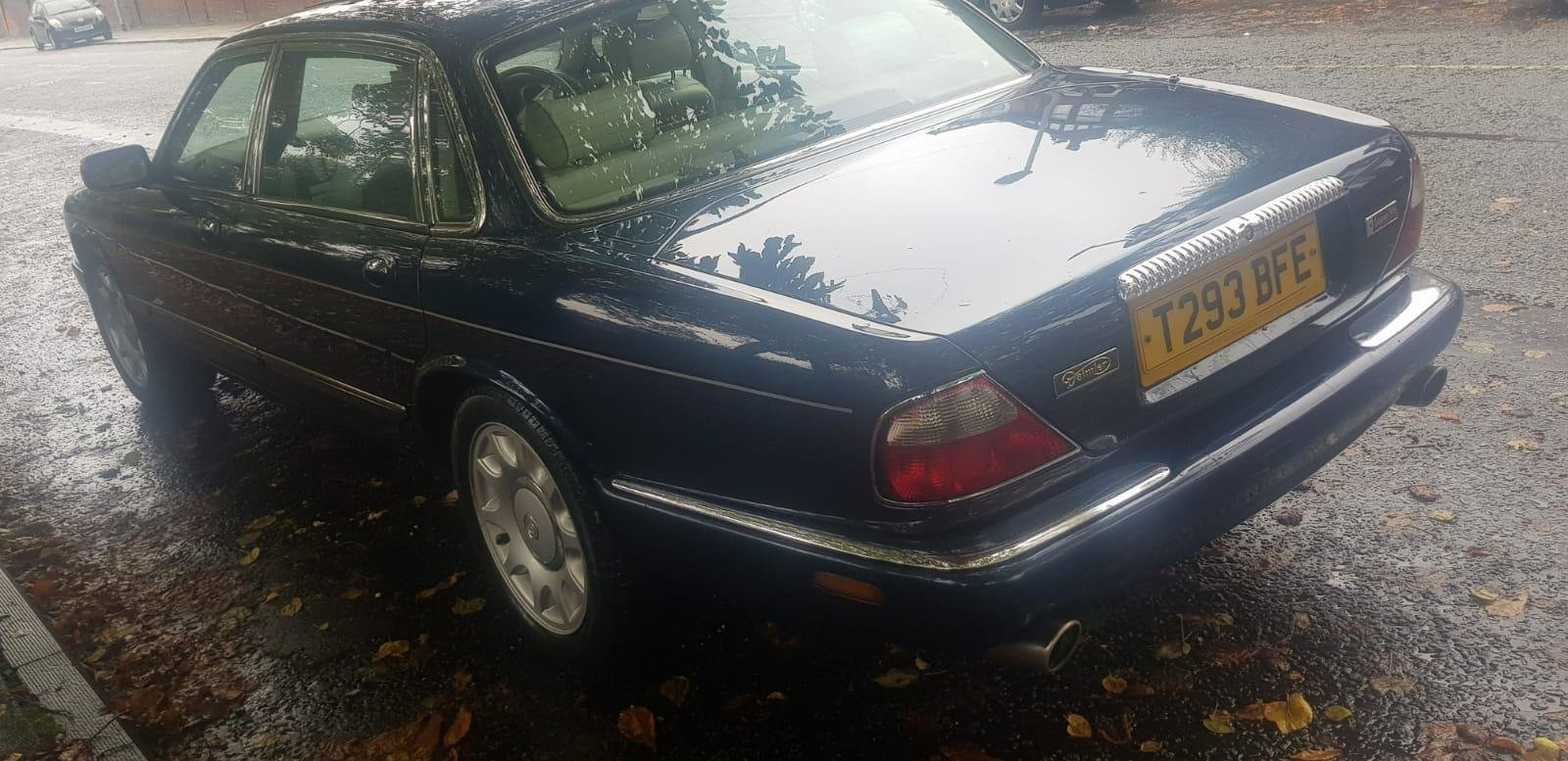 1999 Daimler Super Eight , Supercharged V8 For Sale (picture 3 of 6)