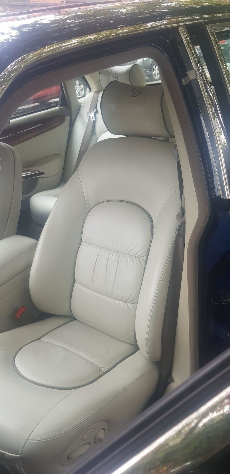 1999 Daimler Super Eight , Supercharged V8 For Sale (picture 4 of 6)