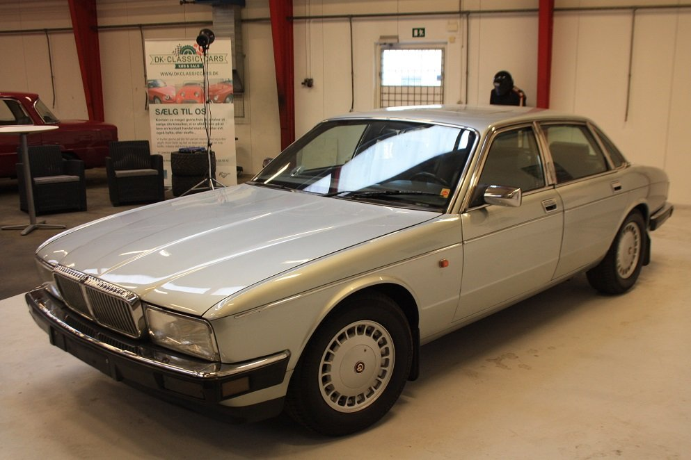1991 Daimler XJ40 4.0 For Sale (picture 1 of 6)