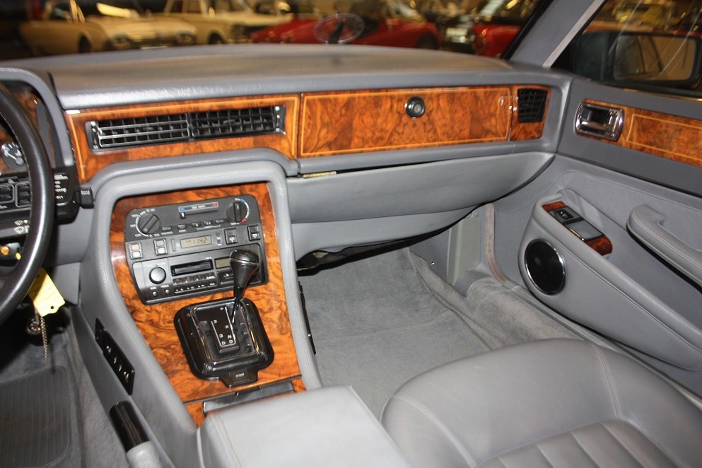 1991 Daimler XJ40 4.0 For Sale (picture 4 of 6)