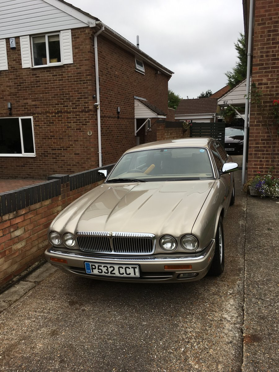 1997 Daimler Double Six LWB For Sale (picture 1 of 6)